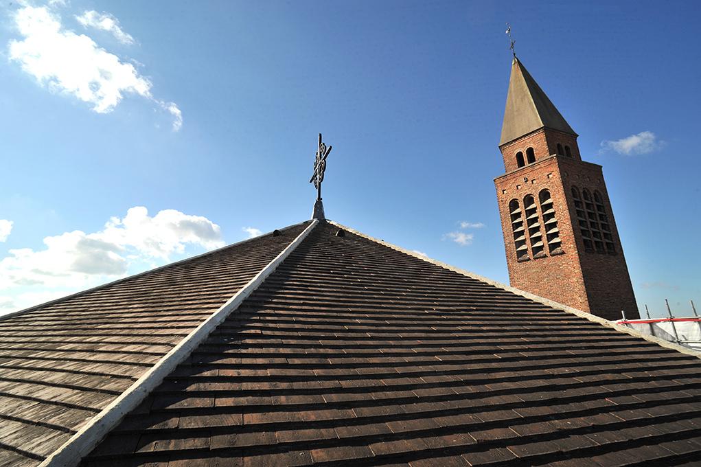 Sur le toit de Saint-Louis à Vincennes