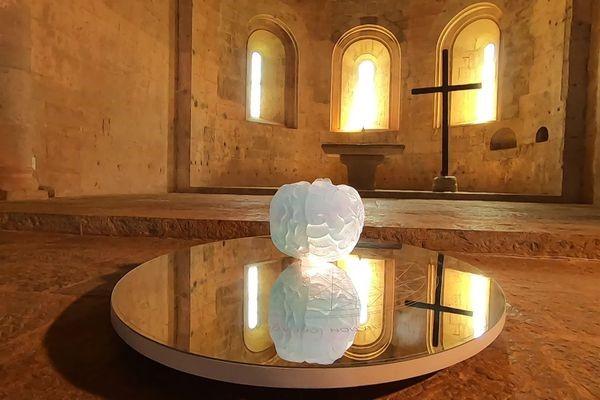 De l'art contemporain dans l'écrin cistercien de l'abbaye du Thoronet
