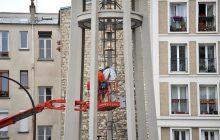 Pose des cloches de Notre-Dame-de-l'Assomption-des-Buttes-Chaumont à Paris 19e