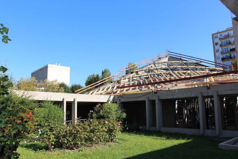 Charpente toit de l'église du Saint-Esprit à Meudon-la-Forêt