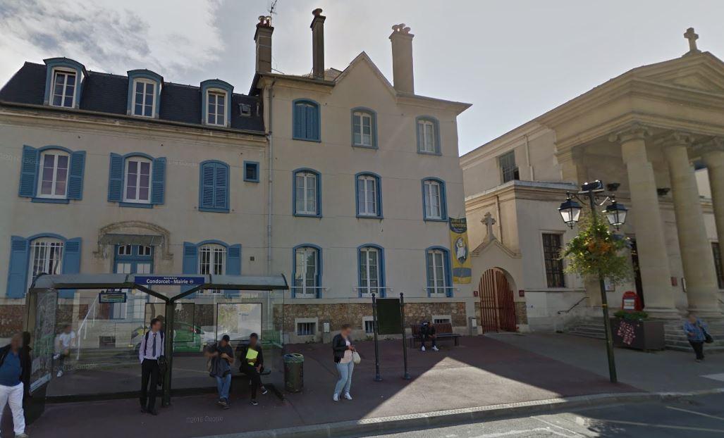 Les locaux paroissiaux de Saint-Gilles vus de l'extérieur