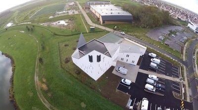 Saint-Pierre : une nouvelle église pour une ville nouvelle