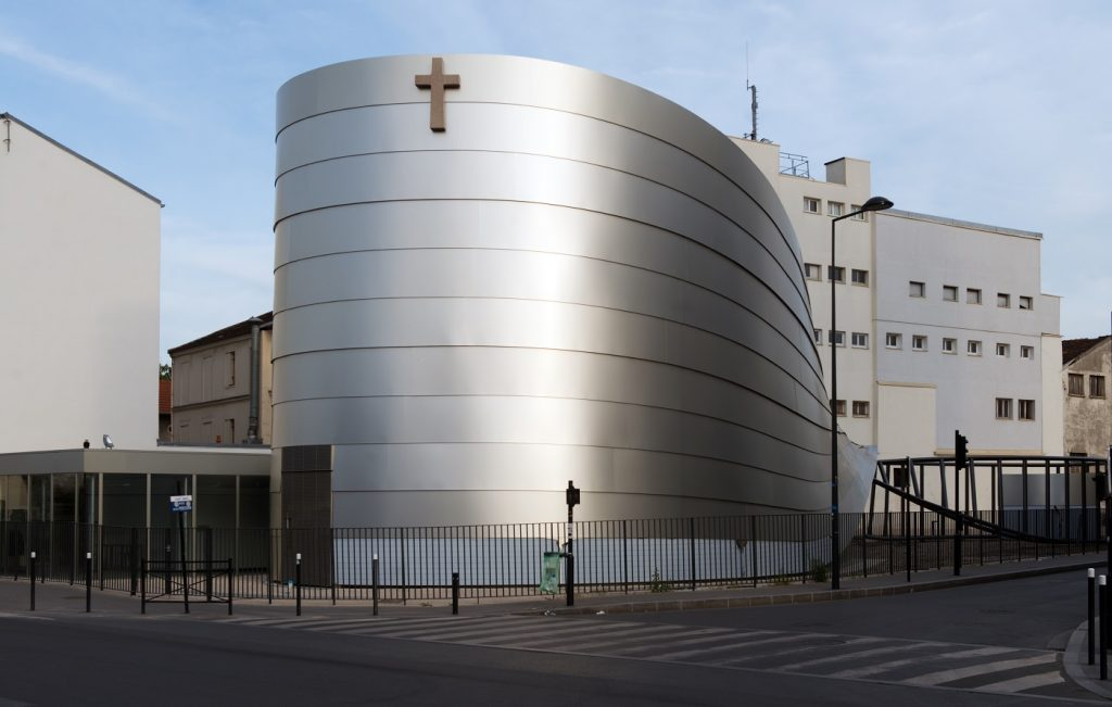 Façade de l'église Saint-Paul-de-la-Plaine à la-Plaine-Saint-Denis