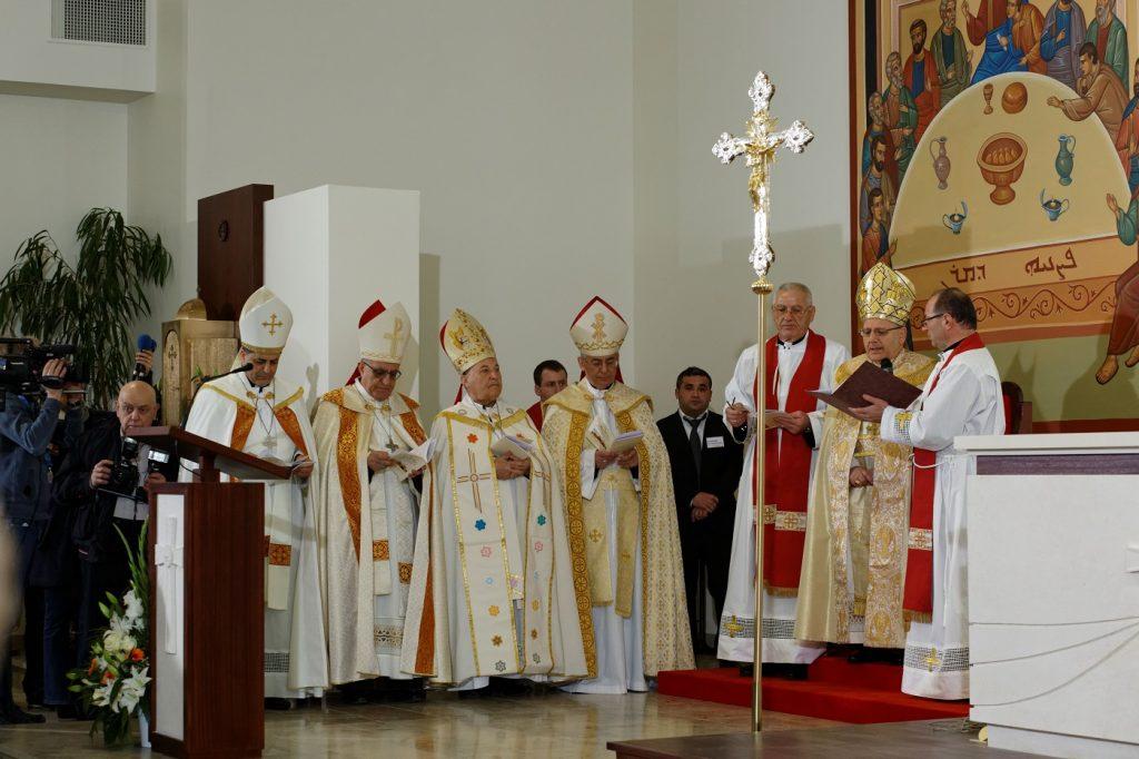 Inauguration de l'église Saint-Jean-Apôtre à Arnouville
