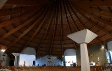 Notre-Dame-de-Toute-Joie au cœur de la cité Grigny II intérieur