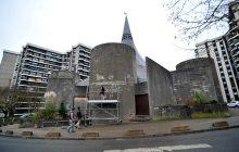 Notre-Dame-de-Toute-Joie au cœur de la cité Grigny II rue