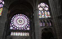 Rosace et vitraux de la basilique Saint-Denis