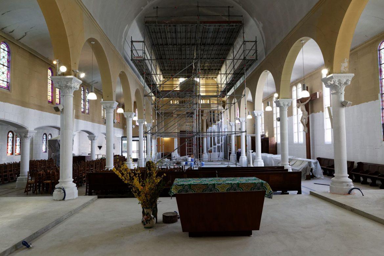 Église Saint-Joseph-des-Quatre-Routes en travaux
