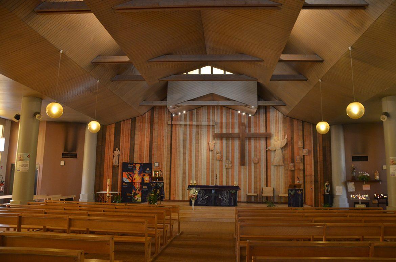 Église Saint-Joseph-des-Quatre-Routes extérieur