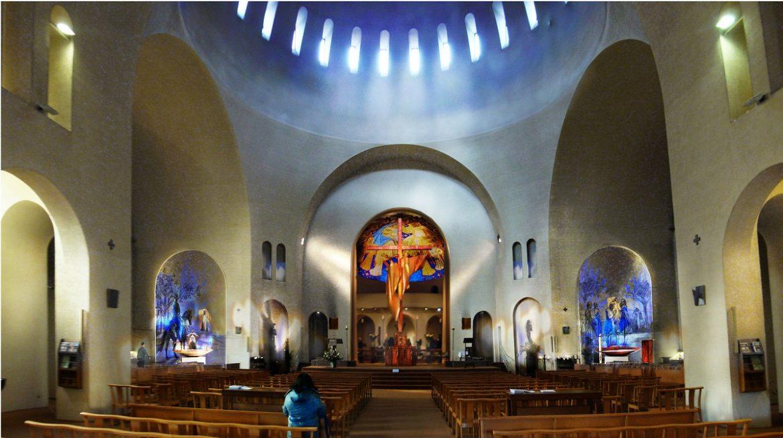 Aménagement des chapelles de l'église Sainte-Jeanne-de-Chantal à Paris 16e