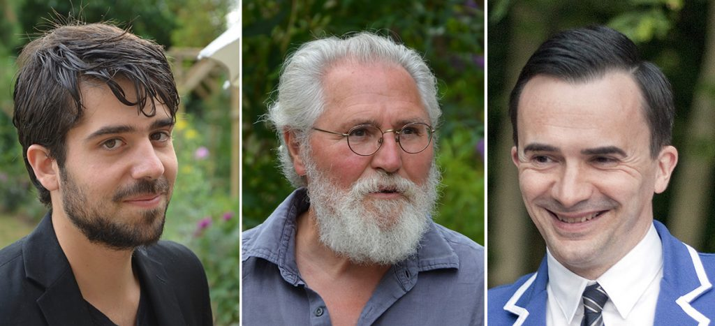 Les trois acteurs du projet d'aménagement liturgique et d'art sacré de l'église Sainte-Jeanne-de-Chantal : Nathan Crouzet, Jean-Louis Sauvat et Laurent Lecomte.