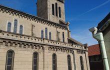Elle est la première église construite à Drancy.
