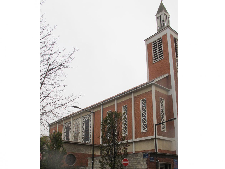 Vue extérieure de l'église Sainte-Thérèse