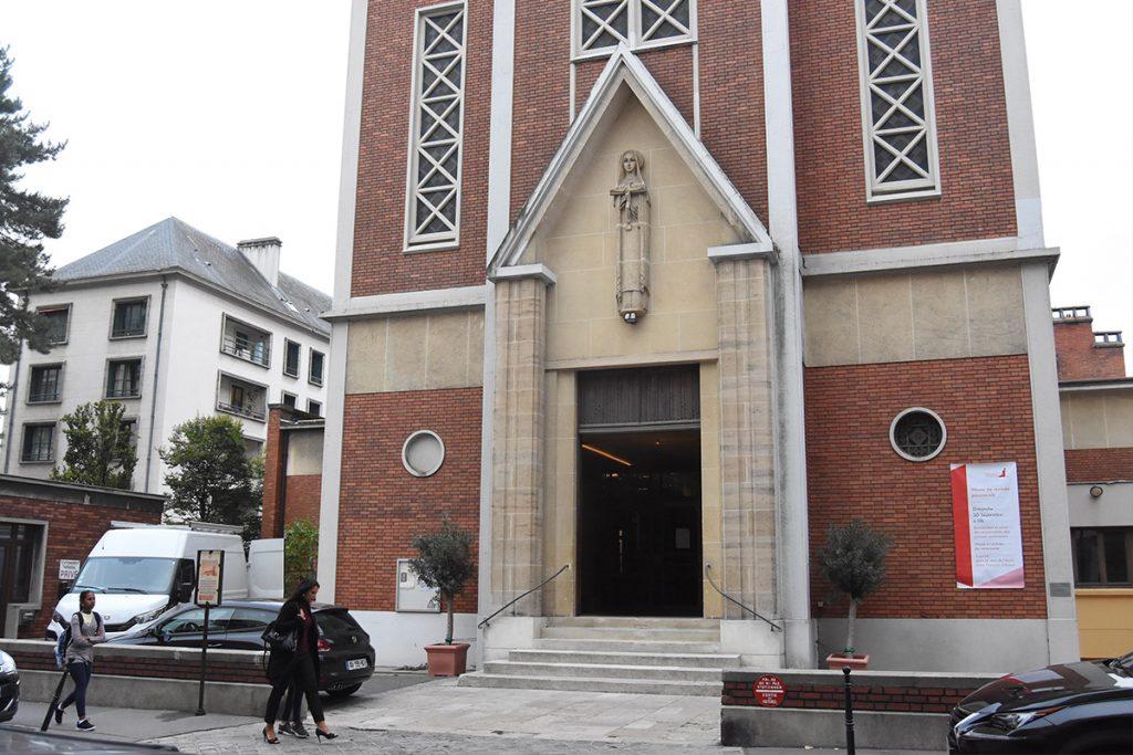 L'église Sainte-Thérèse-de-l'Enfant-Jésus à Boulogne-Billancourt