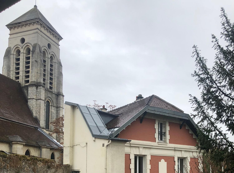 L'église historique située à proximité du centre paroissial Saint-Christophe à Créteil (Val-de-Marne).