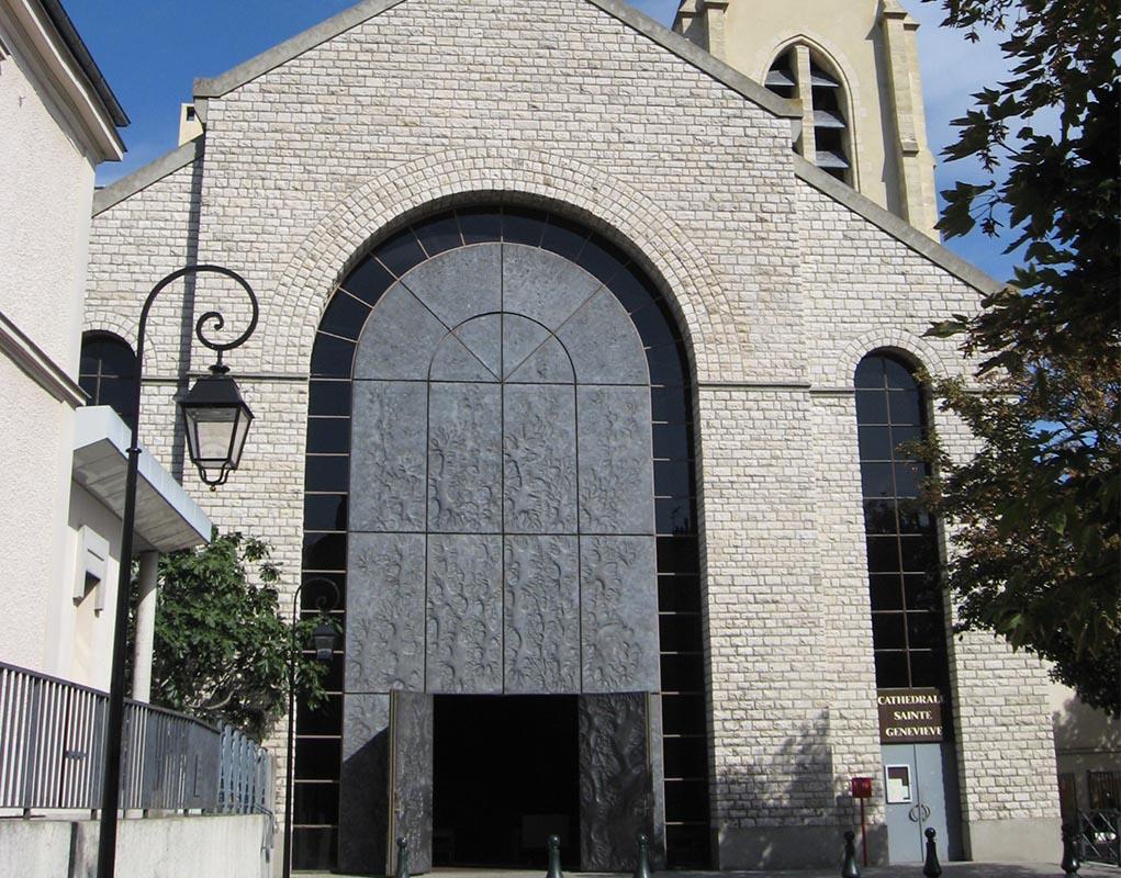 Report de la visite de la cathédrale Sainte-Geneviève de Nanterre