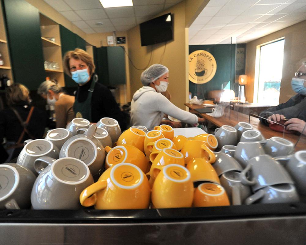 Ouverture du café paroissial de Saint-Mandé
