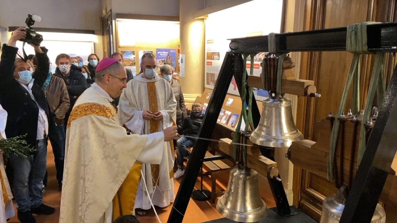 Trois cloches bénies pour Sainte-Cécile à Boulogne